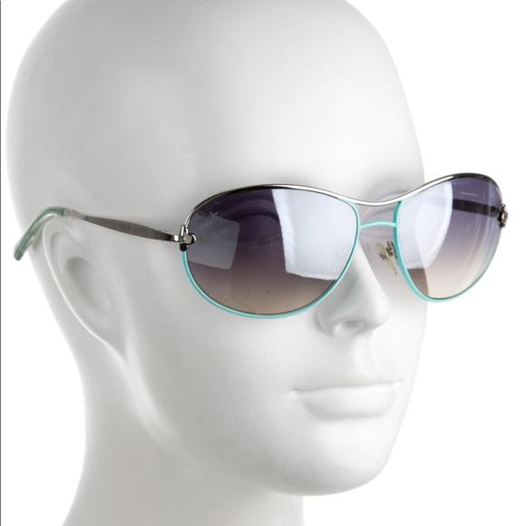 bec6fbf5181f Louis Vuitton Accessories - LOUIS VUITTON Mimosa Gradient Sunglasses
